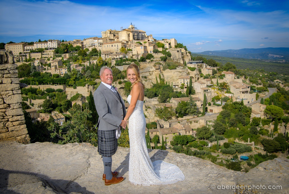 Rachael and Ricky's wedding at La Bastide de Gordes